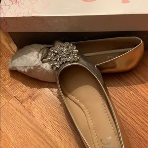 Journey collection silver shoes 6.5.